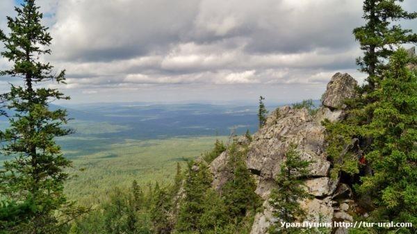 Хребет Москаль и гора Б. Калагаза НП Зюраткуль